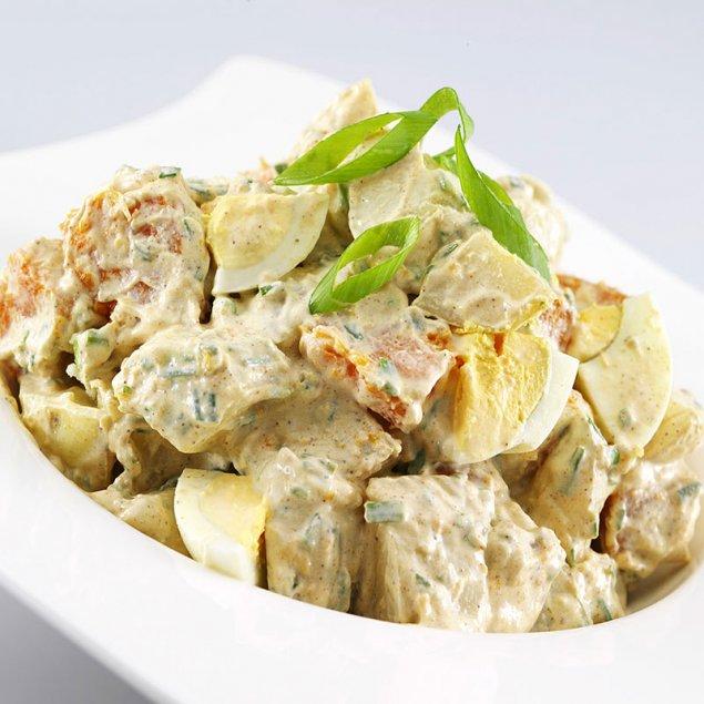 Creamy Curry Potato Salad